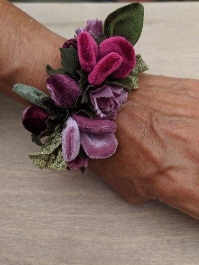 Bracciale-Piccoli-Fiori-Perle-Colorate